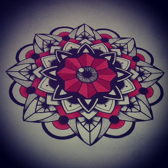 dessin du soir, bonsoir ! #1 tattoos, tatouages, tattoo, tatouage, mandala tattoos, bichromie, dotwork, illustration, artwork