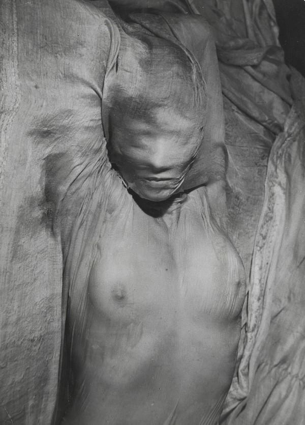 Erwin Blumenfeld | Voile mouillé, 1937