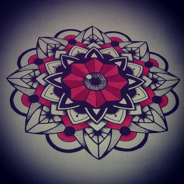 dessin du soir, bonsoir ! #1 tattoos, tatouages, tattoo, tatouage, mandala tattoos, bichromie, dotwork, illustration, artwork